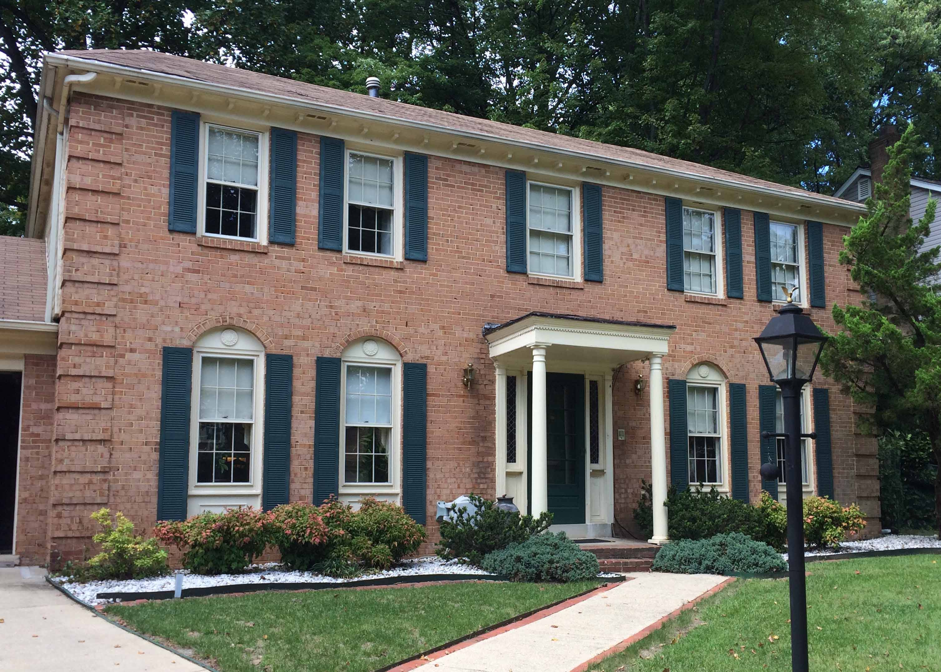 Colonial home 2